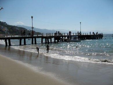 Los Muertos beach Pier