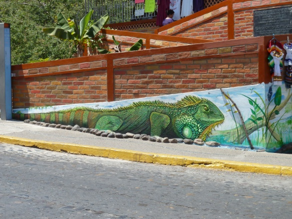 Wall painting of an iguana.