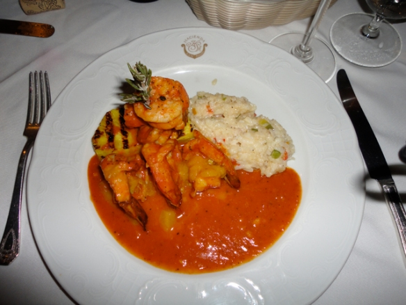 Upscale Mexican and international meals.